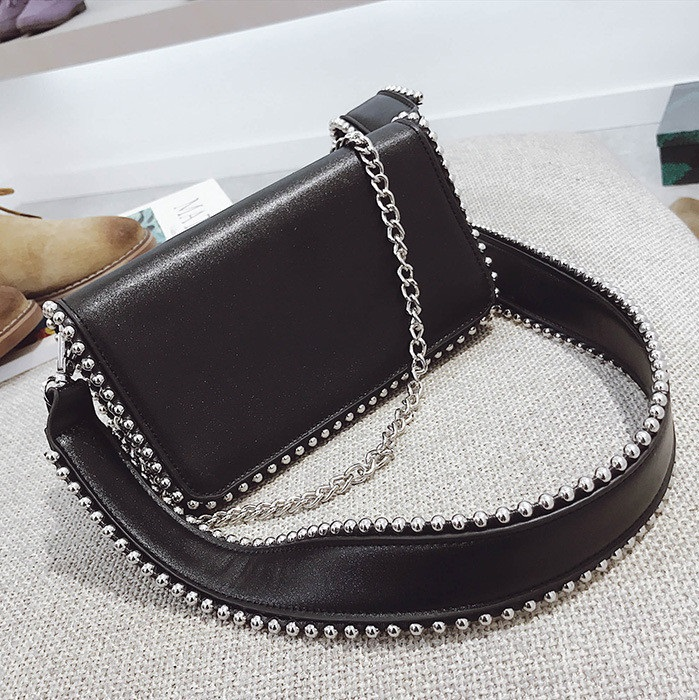 Fashion Punk Steel Ball Women Messenger Bag PU Leather Ladies Shoulder Bag female Chain Flap Crossbody bag Wide strap Handbag flap pu crossbody bag