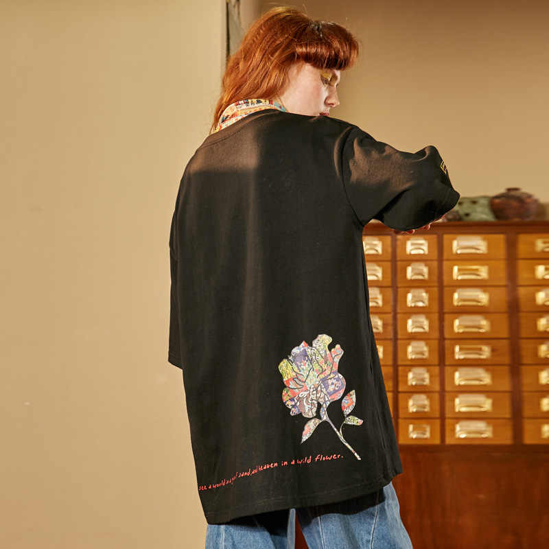 UNIFREE 2019 nuovo di arrivo di autunno t delle donne della camicia retro creativo della stampa allentata casuale a maniche corte in cotone top nero U192G305RR