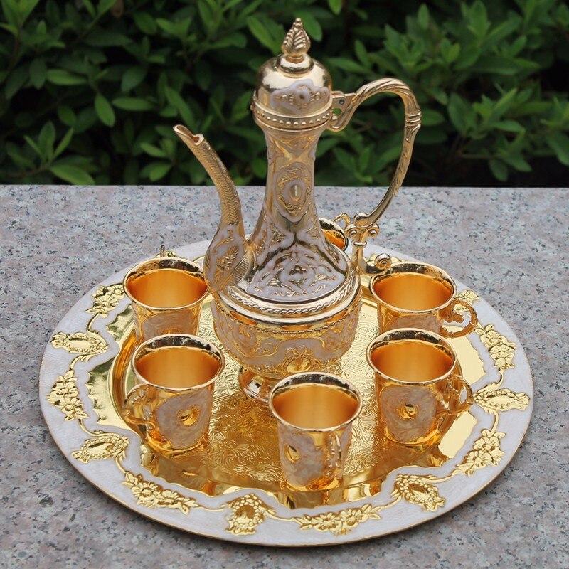 Ruční práce Čínské zlato barevné kovové víno / čaj módní zinek slitina víno 1 talíř + 1 hrnec +6 šálků Dekorace Stříbrná mosaz