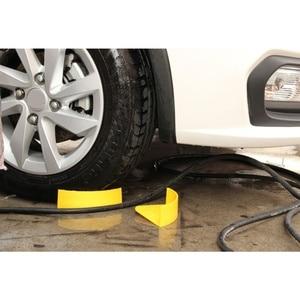 Image 2 - Nuevo 1 Uds. Amarillo lavado automático lavado de coches limpieza de neumáticos Jam Eliminators lavado de coches insertar herramienta para Detalles