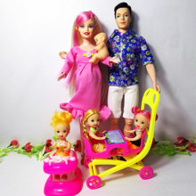 6 People Family Doll Suits Mom/ Dad/ Son Baby/ Kelly/Carriage Girls Toys Fashion Pregnant Doll Kid Toys Birthday Gift Baby Doll gonlei mom baby strollerl pregnant doll suits mom doll have a baby in her tummy for barbi doll family for barbe girls gift toy