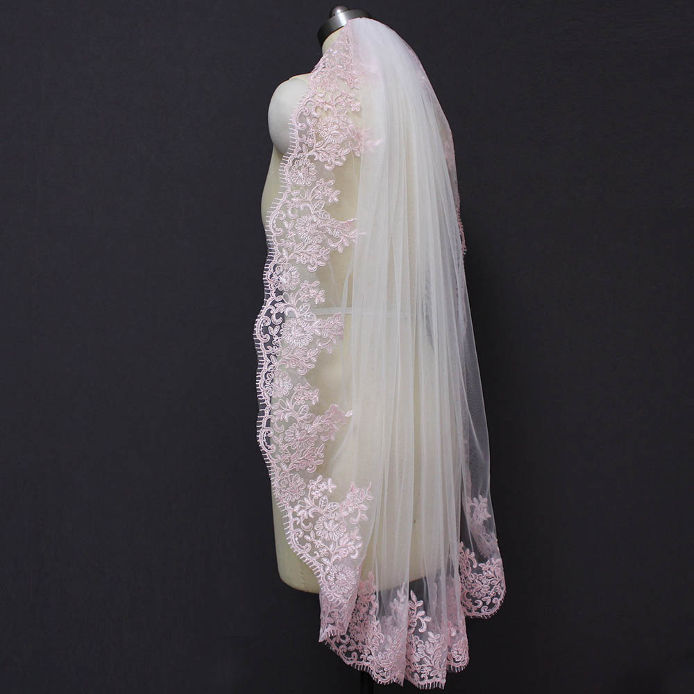 Real Images Short Pink Lace White Ivory Tulle Bridal Veil with Comb One Layer Elegant Wedding Veil Velo Novia in Bridal Veils from Weddings Events