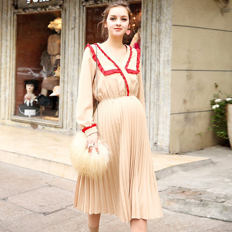 0-profit! Hot 2018 maternity clothes loose spring and summer dress fashion and leisure V-Neck dress pregnancy clothes summer embroidery ruffled round neck dress loose robe dress