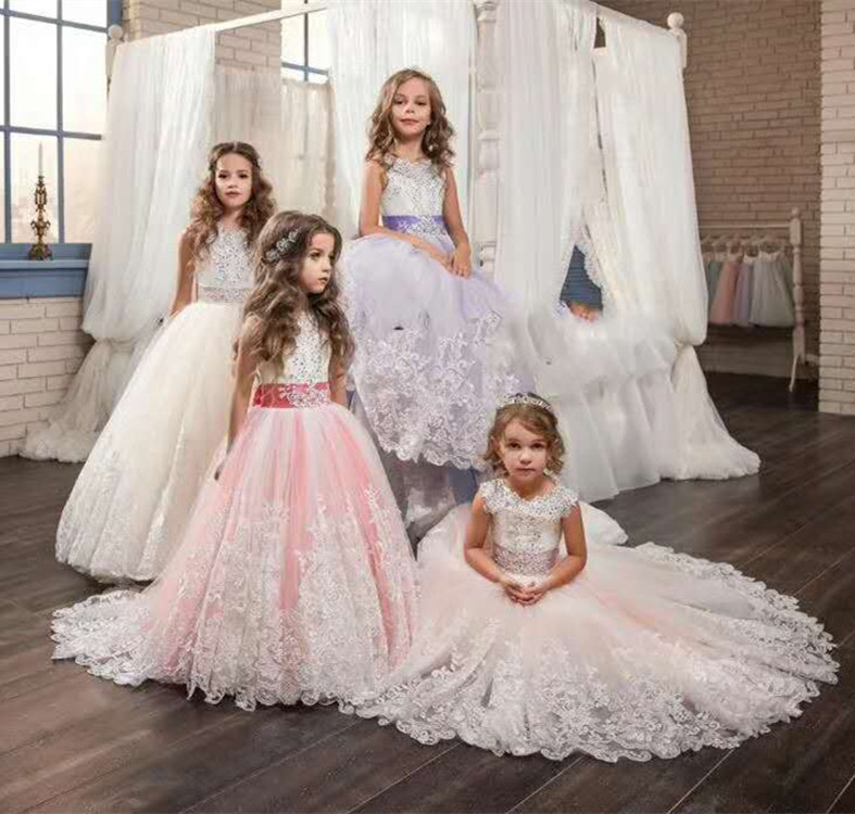 цена Flower Girl Dresses With Bow Beaded Crystal Lace Up Applique Ball Gown First Communion Dress for Girls Customized Vestidos Longo