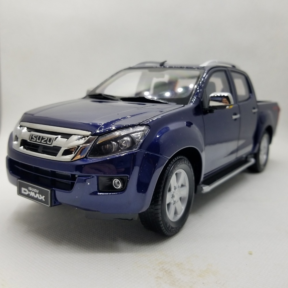 1:18 Diecast Model For ISUZU D-MAX Blue Pickup Alloy Toy Car Miniature Collection Gifts D MAX DMAX Truck