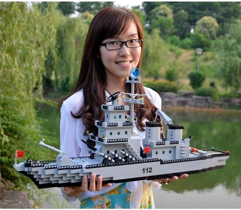 Police militaire ville lutte le bateau modèle navire de guerre 70 cm grand cruiser building blocks compatible Legoing jouet pour garçon de noël cadeaux