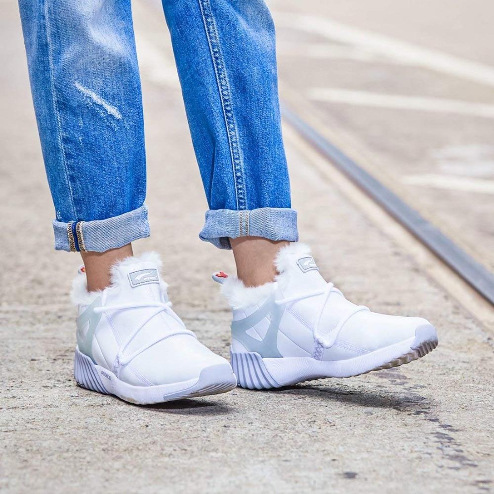 c724cffe81c ONEMIX de Femmes D hiver Bottes de Neige Garder Au Chaud Sneakers pour  Chaussures Femme Confortable Chaussures de Course Marche En Plein Air Sport  ...