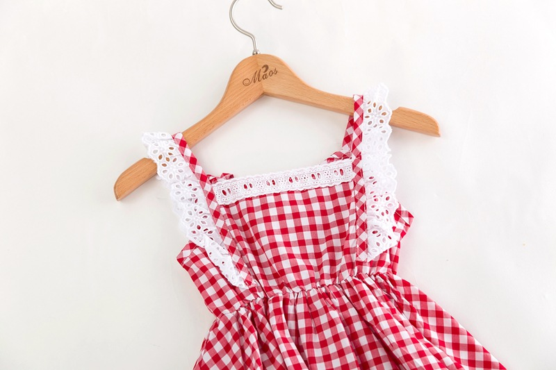 63fba9a56598e US $7.94 5% OFF|2018 Summer New Korean Children Clothing Girls Lace Fly  Sleeve Gingham Dress Sweet Baby Fashion Kids Clothes-in Dresses from Mother  & ...