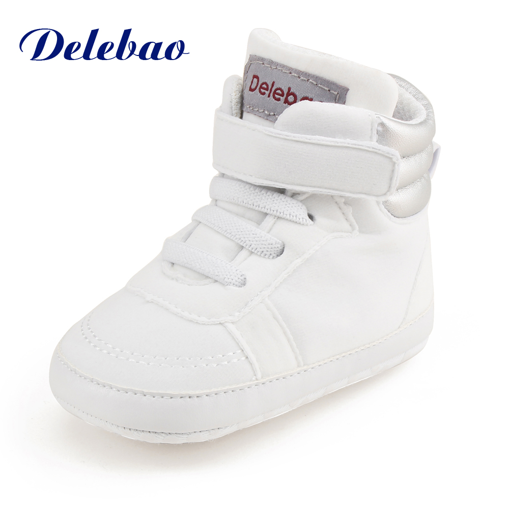 Delebao 2017 Winter New Design Baby Shoes High Ankle Hook & Loop Warm Toddler Shoes Infant Lace-up Fist Walkers
