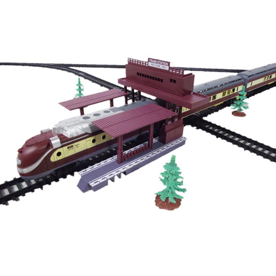 scale ho train layout station