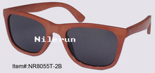 popular brown bamboo sunglasses for driving, fishing or travelling