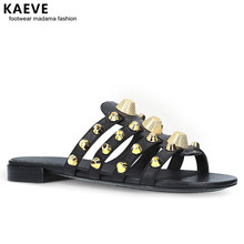 цена на Women Black Giant Studded Sandals Gold Stud Slides Sliver Beach Shoes White Slippers Vacation Flats Mules Large Size Wholesale