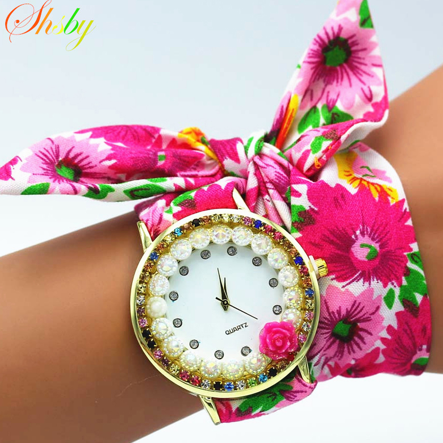 shsby Nya damer blomma tyg armbandsur ros kvinnor klänning titta färgstarka mousserande rhinestone tyg klocka söta tjejer klocka