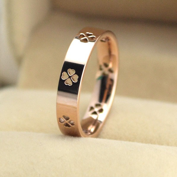 2016 New Design Piercing Lucky Clover Finger Ring Wedding Rings