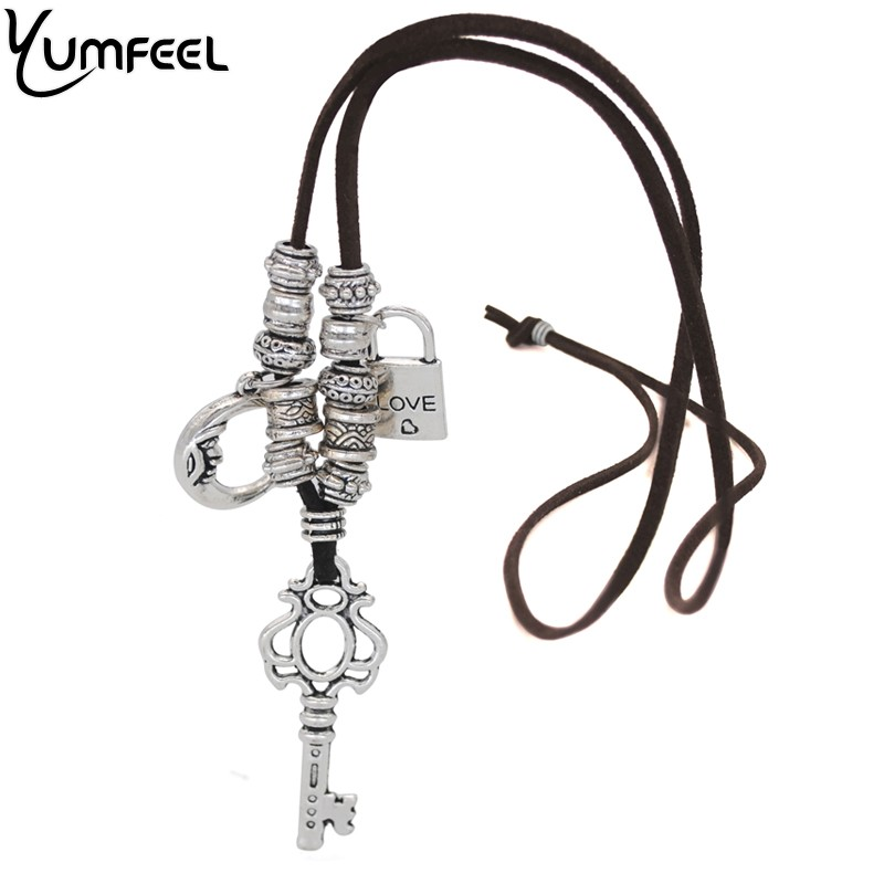 Yumfeel Romantic Engraving Love Heart Lock Key Charm Necklace Vintage Silver Pendants & Ne