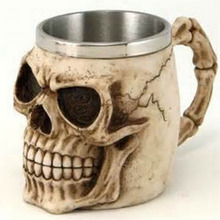 1pcs Cool Lifelike Alien Skeleton Resin Coffee Water Drinking Mug Cup Skull Head Tankard Horror Stainless Steel Drinkware Newest