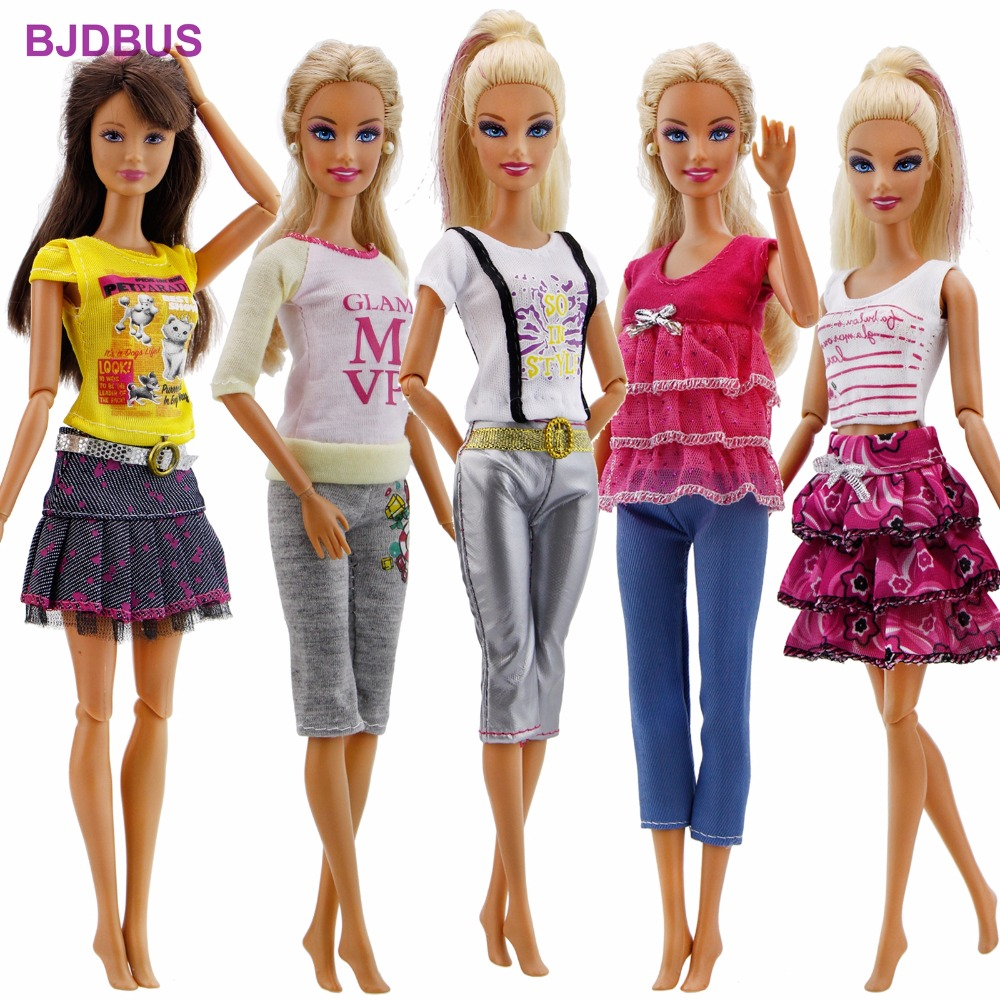 15Pcs / Lot = 5 Sets Outfits Shorts Pants Skirts Fashion Style Clothes + 10 Pairs Random Shoes For Barbie Doll Accessories Gifts