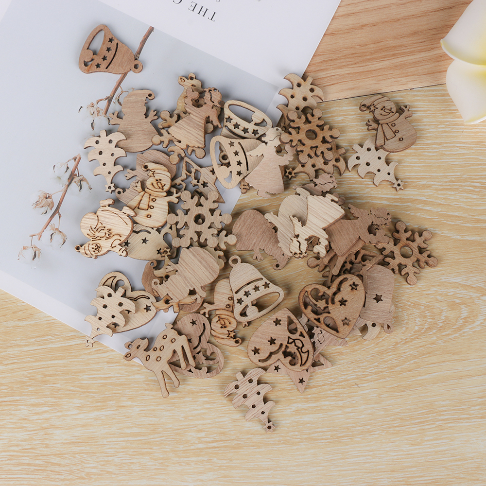 50Pcs Natural Wood Chip Ornaments Christmas Carve Pendant Decor With Hole Scrapbooking Embellishments Multi-styles DIY Crafts(China)