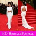 Rihanna branco vestido 2014 Met Gala Red Carpet frisado gola alta manga comprida Top curto duas peças vestido de baile abrir voltar vestido