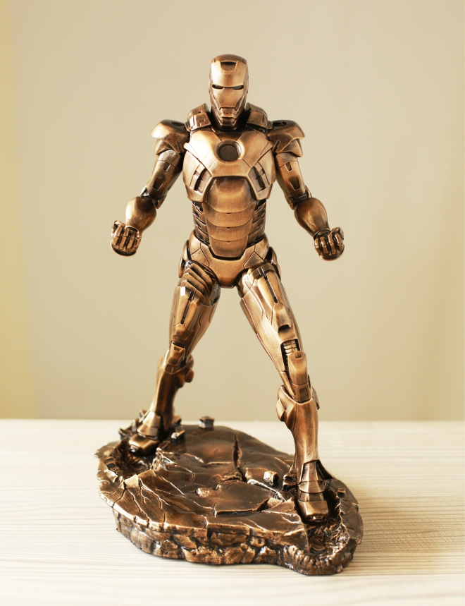 1pc Iron Man 1/5 1:5 MARK VII MK7 31CM Imitation Ferrum Or Copper Resin Bust Model MK7 Decoration Statue tower pro mg90 metal gear servos with parts