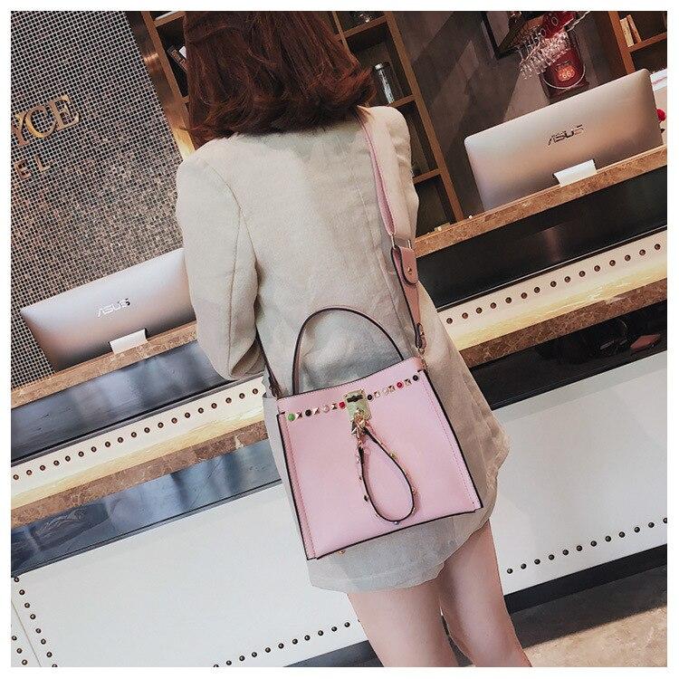 High Quality PU Leather Women Crossbody Bags Fashion Rivet Design Women Shoulder Bags Color Shoulder Strap Ladies Handbags 2018