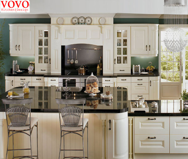 style am ricain bois massif armoires de cuisine dans armoires de cuisine de r novation sur. Black Bedroom Furniture Sets. Home Design Ideas
