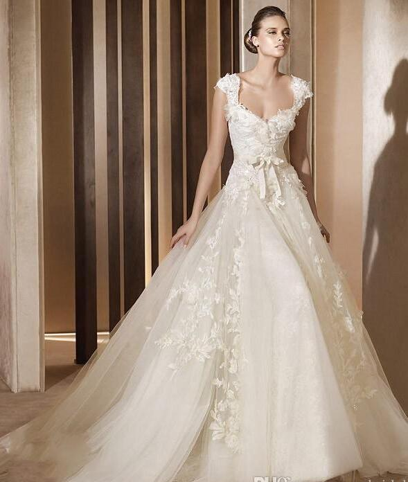 2017 elegant long designer wedding dresses discount 3d floral applique square sweep train layer tulle