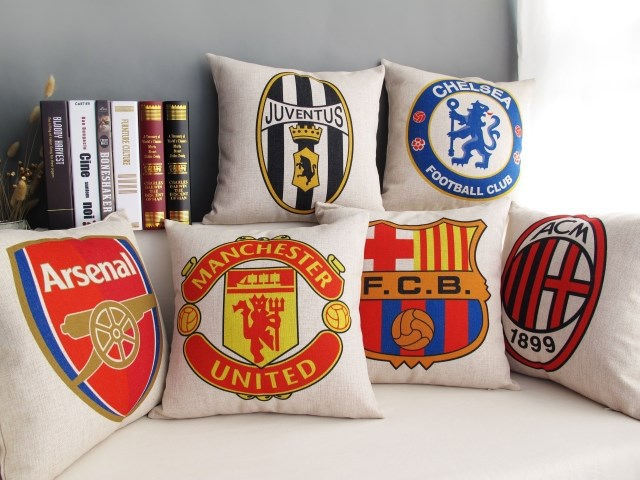 Soccer Club Team Logo Decorative Pillows Coffee Shop Sofa Cover