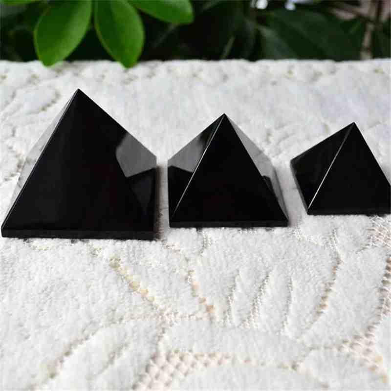 pyramid (18)