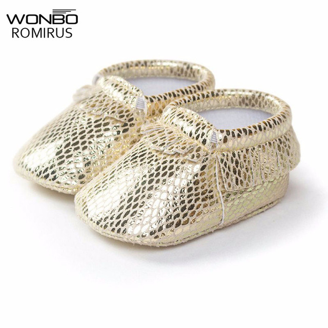 f8e6d6e48c71 Freshly-picked Metallic Shining Gold Color PU Leather Baby Moccasins Shoes  Newborn Girls Boys Soft Sole Fringe First Walkers