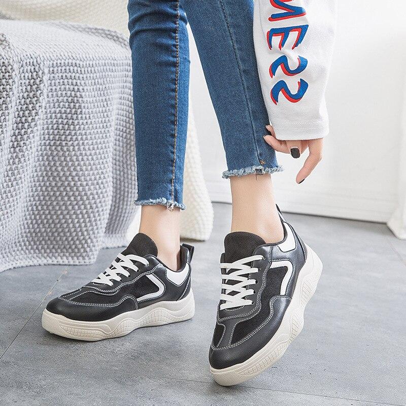 253e543b4220c2 2019 Nouveau Confortable blanc Plat Chaussures Couleur Casual Chaussures  Unie Printemps Beige noir Simple Femmes Tendance ...