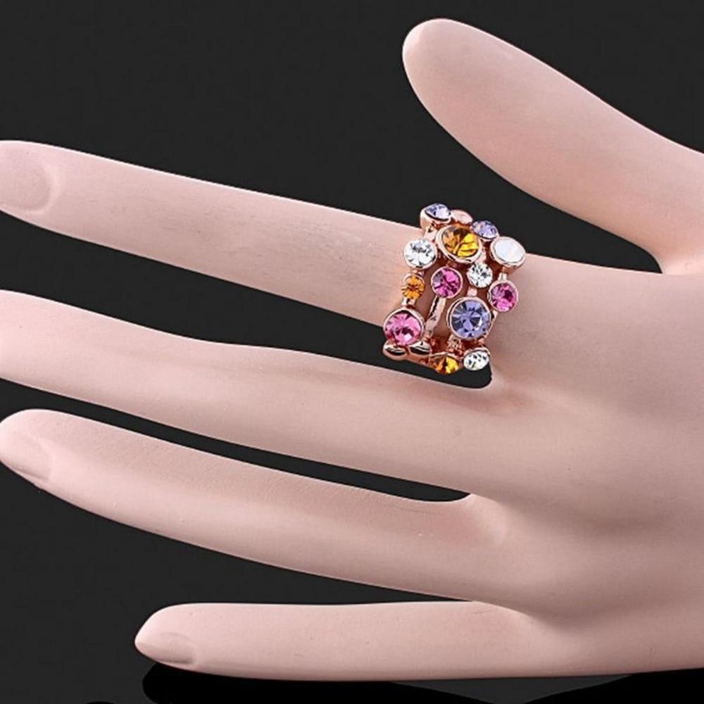 ring gekleurde steen