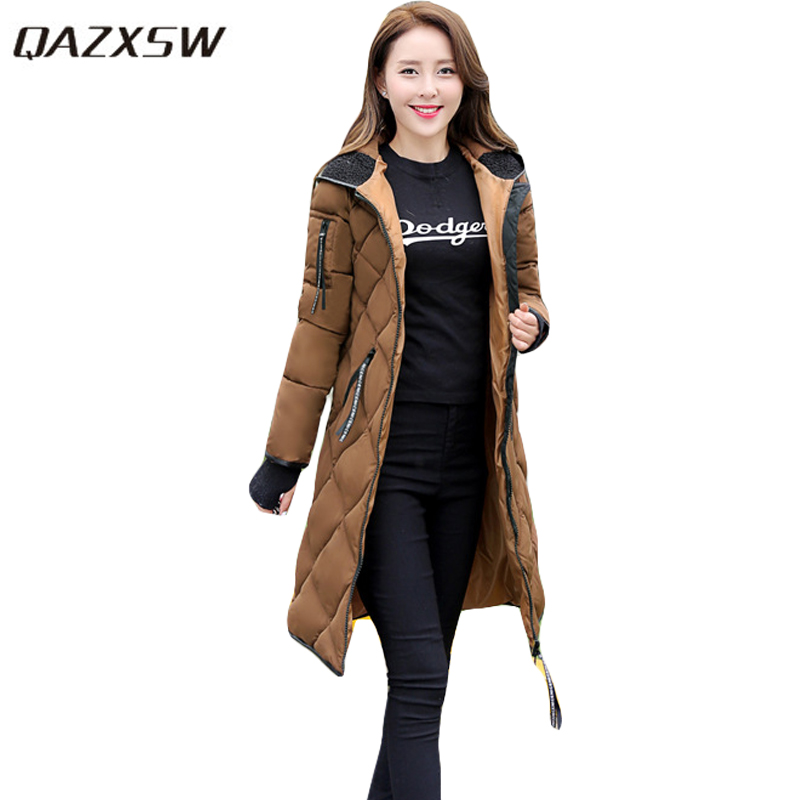 QAZXSW New Women Winter Cotton Jacket With Glove Hooded Cotton Coat Slim Long Parkas Mujer Invierno 2017 Warm Outwear HB201 qazxsw new winter cotton coat hooded padded women parkas mujer invierno 2017 winter jacket women warm casacos femininos hb221