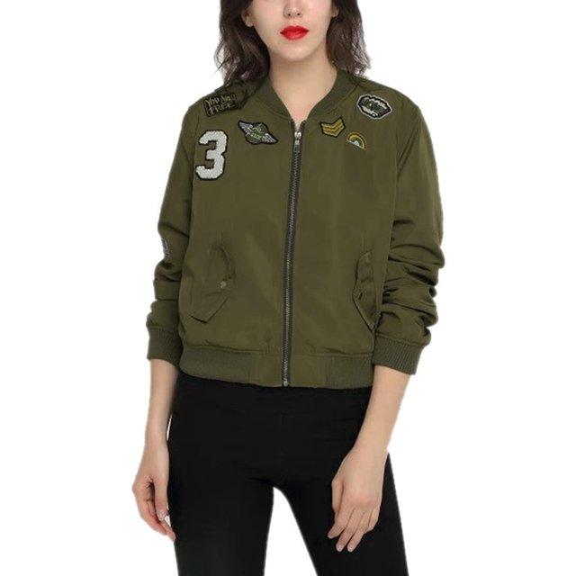 2018 Musim Gugur Wanita Jaket Gaya Militer Jaket Bomber Wanita Kasual Cetak  Jaket Patch Bordir Wanita 49ccbb61b1