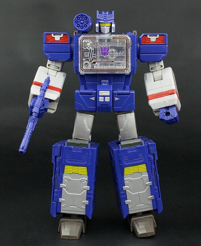 Leader Class Soundwave Variable Base Big Size Classic Toys For Boys Children Action Figure Without Retail Box 37 cm tyrannosaurus rex with platform dinosaur mouth can open and close classic toys for boys animal model without retail box