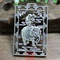 Uitgebreide Chinese Collectie Tibetaanse Zilveren Aap en Olifant Standbeeld Gunstige Hanger Plaat