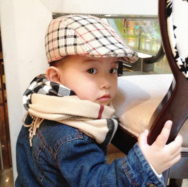 239232ac00d newsboy caps Stripe   Plaid Design England Style Baby Berets Hat Boy Caps  For Child Girl
