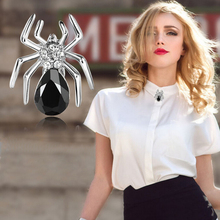 SUPIN Unisex Fashion New Big Crystal Gold Sliver Spider Brooch Jewelry For Women Trendy Black And White Collar Pins Brooches