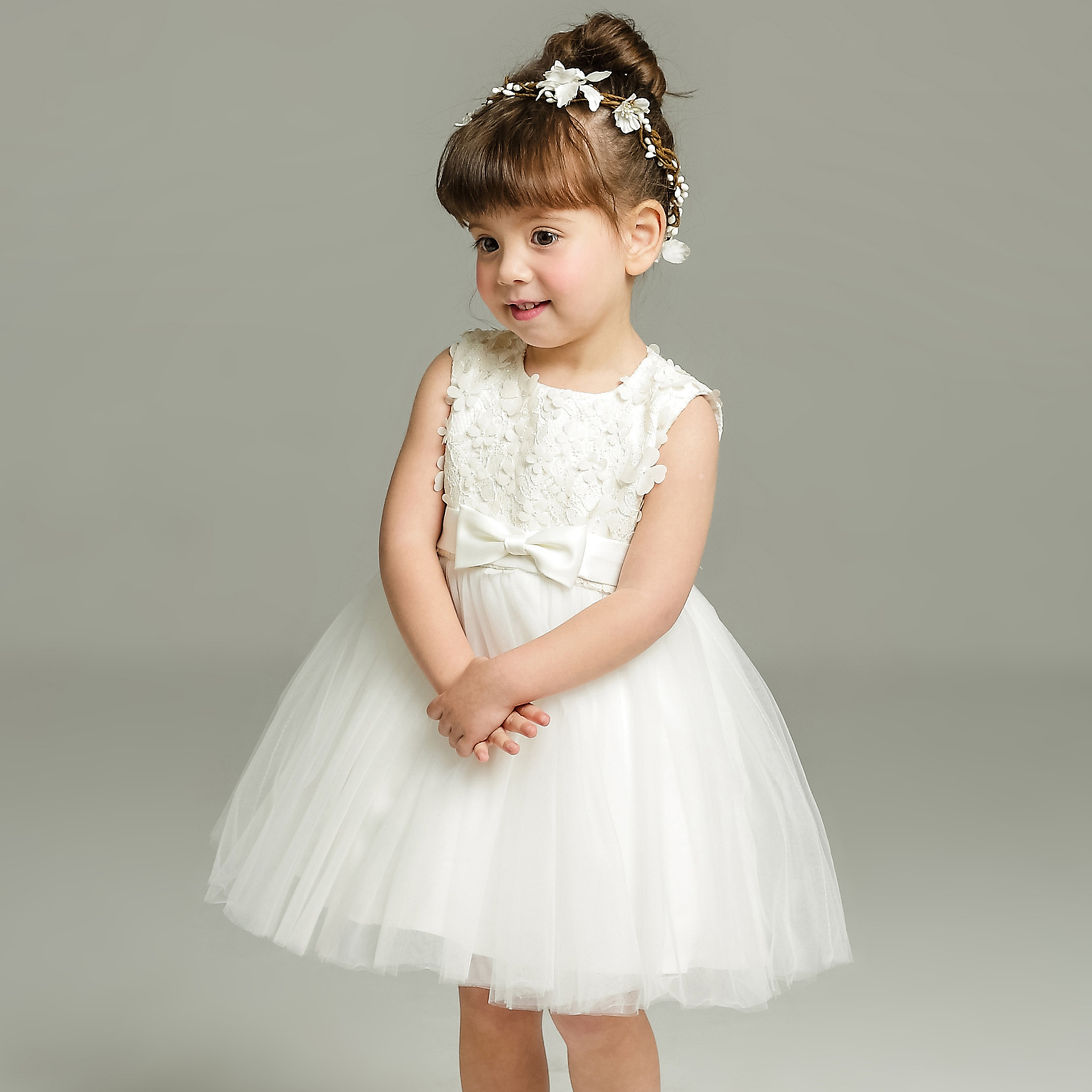 887611c111e Newborn Dress Baby Girl Christening Gowns Toddler Girls Formal Dress White  Lace Baptism Dress Baby Girl 1 Year Birthday Gift-in Dresses from Mother    Kids ...