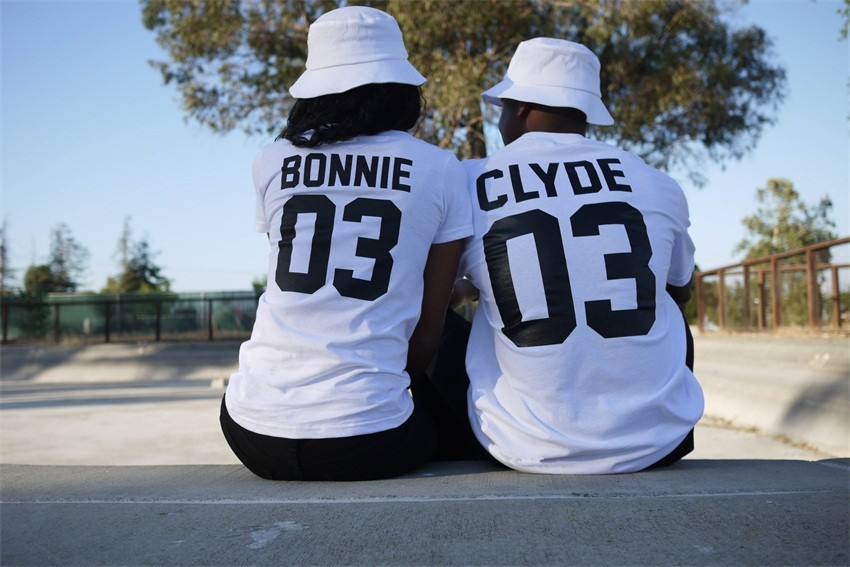 2016 Hot Short Sleeve O-neck Lovers T-shirt Woman BONNIE 03 and Man CLYDE 03 Letter Print Women Tops Shite NFS-NZ014