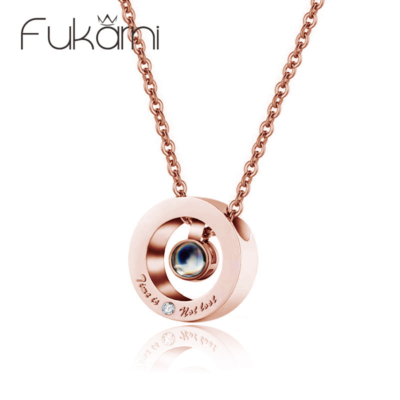 Round Rose Gold Roman Numeral Pendant Necklace For Women Wedding Fashion Stainless Steel Hanging Crystal NecklaceRound Rose Gold Roman Numeral Pendant Necklace For Women Wedding Fashion Stainless Steel Hanging Crystal Necklace