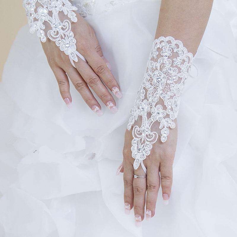 Hot Sale High Quality Write Fingerless Short Paragraph Elegant Rhinestone Bridal Wedding Gloves Wholesale Free Shipping