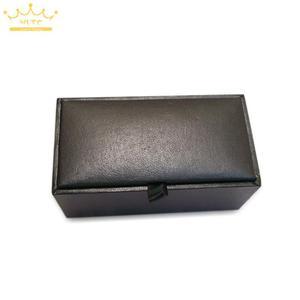 Image 5 - 2015 New! ホット! 高品質黒のフェイクレザーの小 40 ピース/ロット 8 × 4 × 3 センチメートルサイズ古典的なファッションギフトボックス男性のための