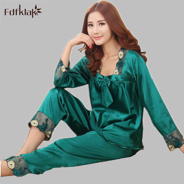 New Women Silk Pajamas Sets 2018 Spring Summer Style Design Elegant Lace  Embroidered Female Satin Pajamas Red Green Dark Pink. 2 orders 8e986a1db
