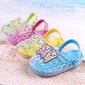 2017 oso verano girls shoes jalea zuecos jardín luz niños up shoes niños playa sandalias y zapatillas niños shoes con luz