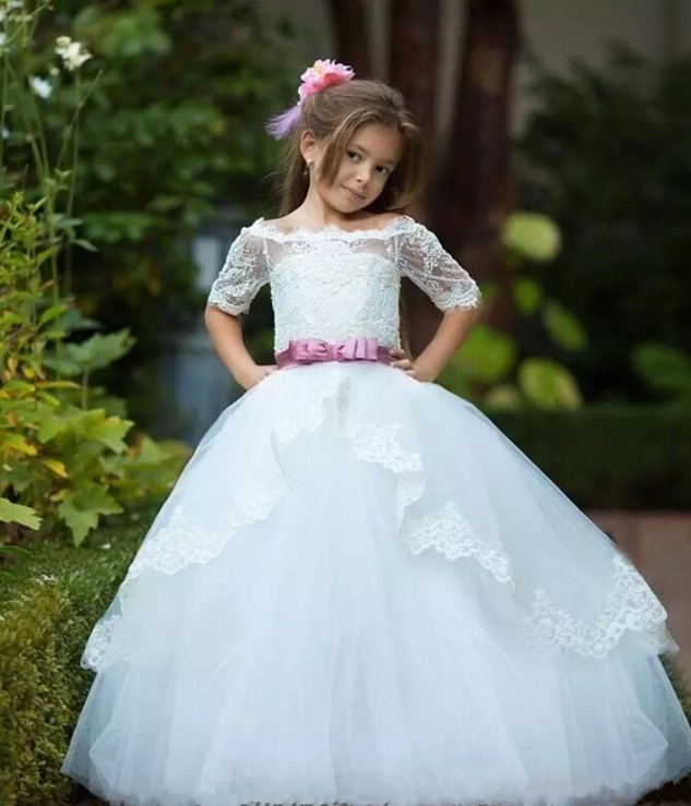 Off Shoulder Flower Girl Dresses Ball Gown White Lace Appliques Tulle Long Train Kids Formal Wears First Communion Gowns