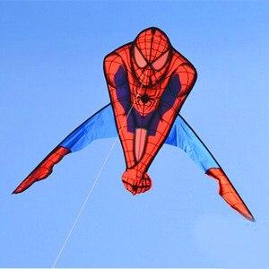 Gratis verzending hoge kwaliteit spiderman vliegers 10 stks/partij groothandel kind goedkope vliegeren speelgoed nylon ripstop kevlar lijn weifang