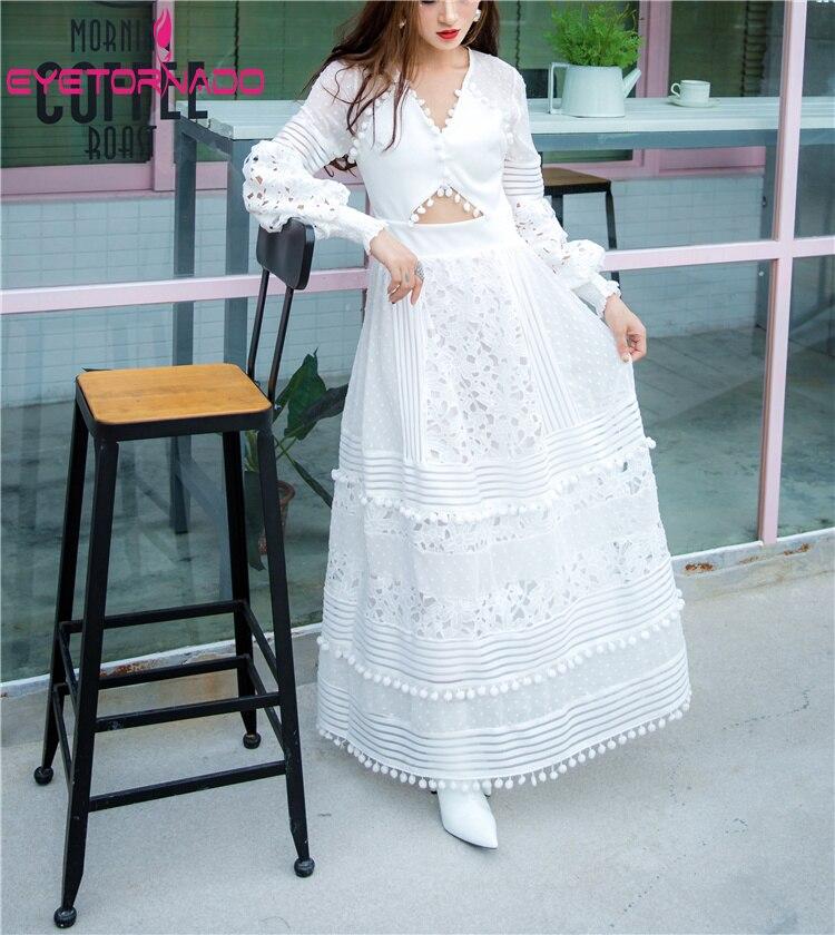 Kadın Giyim'ten Elbiseler'de Kadın oyma dantel Elbise Topları Püskül Yaz Uzun Parti Elbiseler Beyaz V Boyun Fener Kollu Maxi Plaj Bohemian Elbise'da  Grup 3