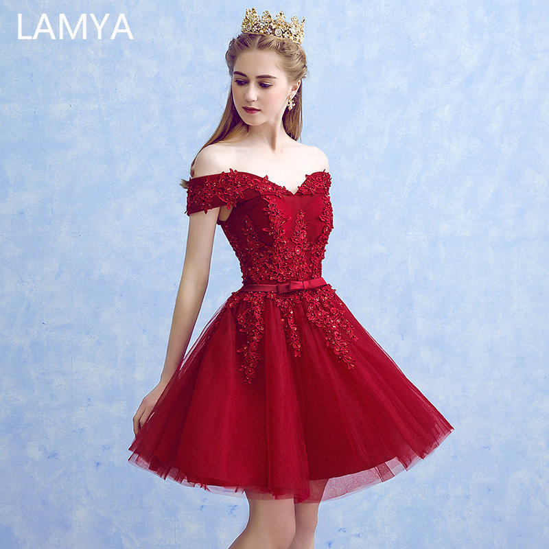 LAMYA Sexy Red Lace Elegant Knee Length Prom Dresses 2019 New Arrived Women Beading A Line Evening Party Dress With Bow(China)