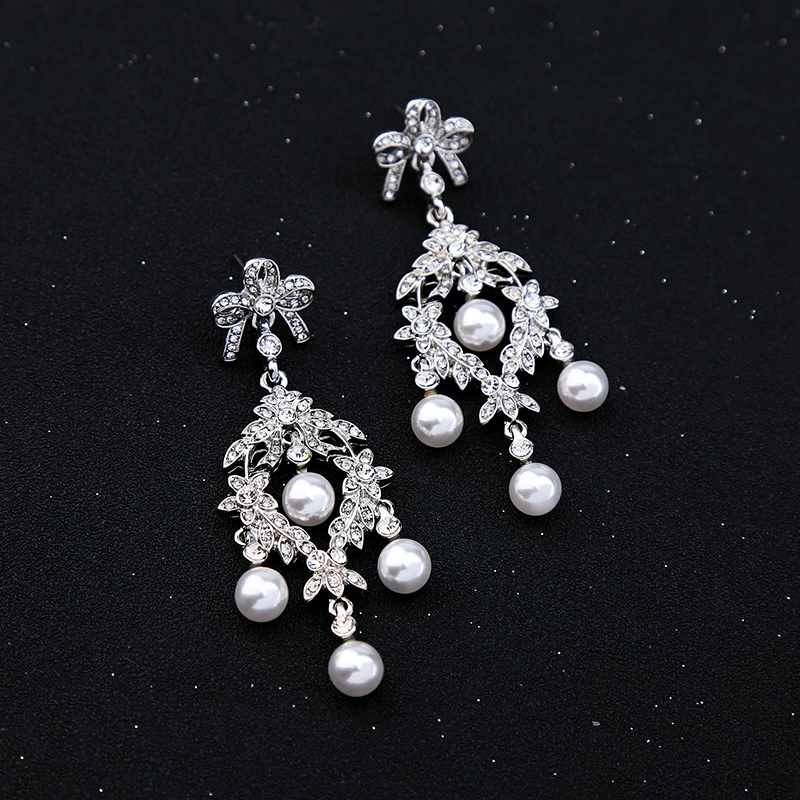 Gorgeous Crystal Bow Imitation Pearl Chandelier Earrings Fl Pending Wedding Brincos Women Jewelry In Drop From Accessories